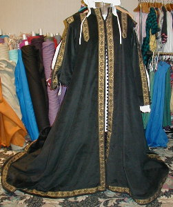 Spanish surcoat