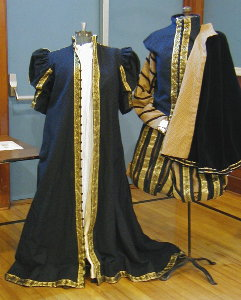 Loose gown in the Spanish style and matching doublet