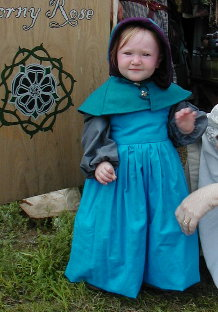Girl's hood and gown with chemise