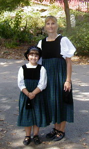 Mom and daughter visit the PA Renn Faire