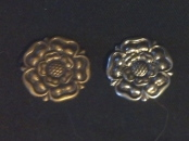 Tudor Rose Button